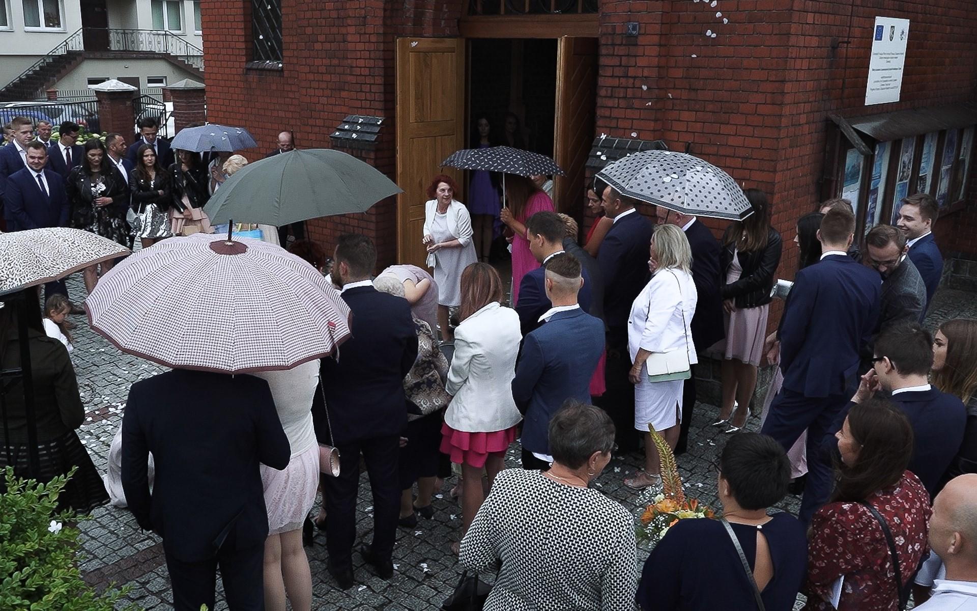 kościół trzeciel klip ślubny